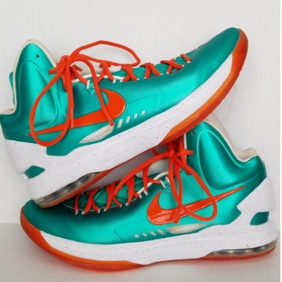 sports shoes 4ad76 c6e71 M 5c6d4446a5d7c69360776f45